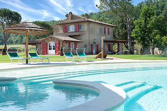 Pool in der Toscana